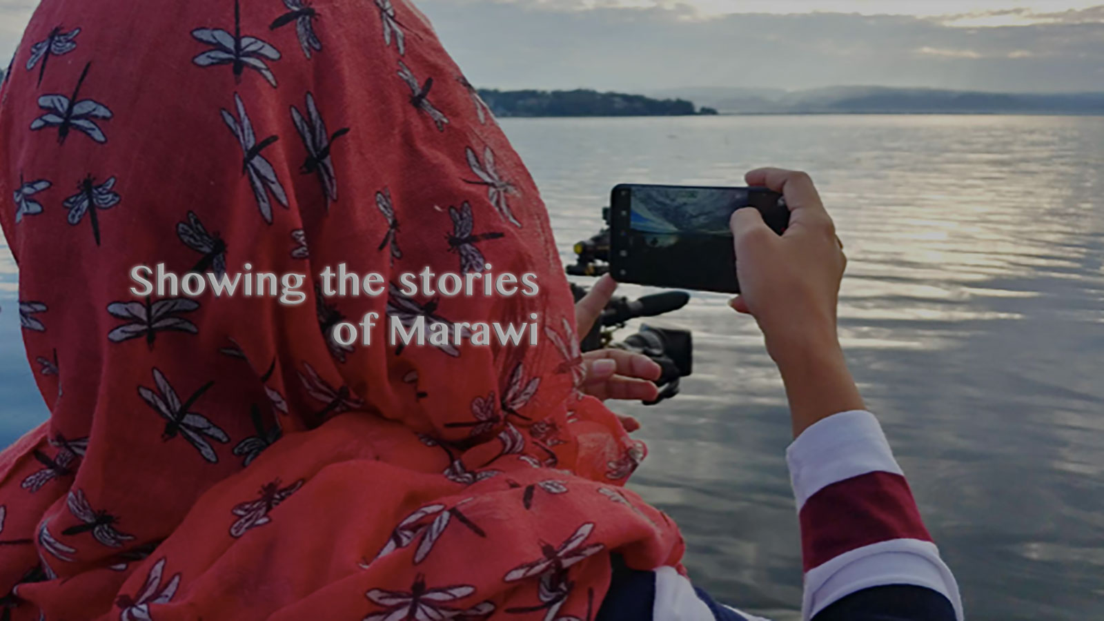 LG V30+ Showing the stories of Marawi