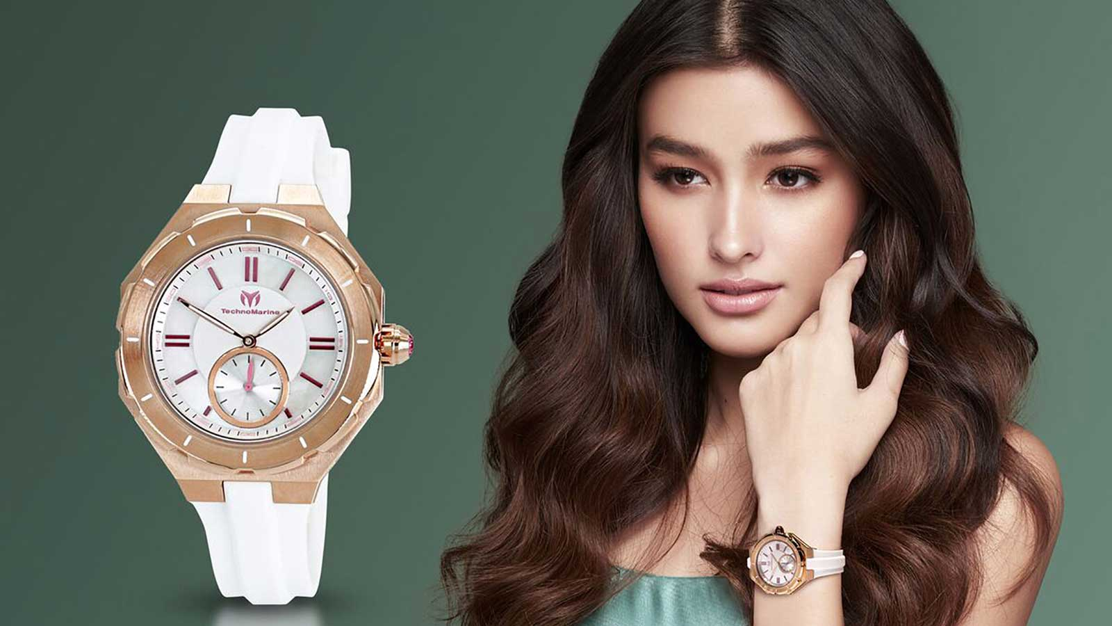 Ultra modern timepieces for special women this Christmas